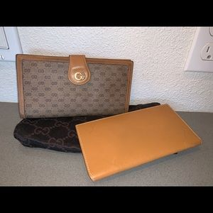 Authentic Gucci supreme canvas checkbook wallet